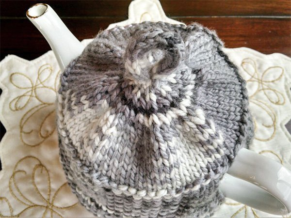 Tea House Teapot Cozy Knitting Pattern