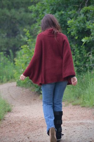 alado poncho back view
